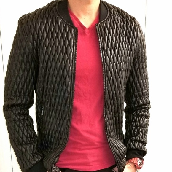 93dbc1511 Zara Black Quilted Faux Leather Bomber Jacket